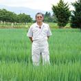 富山県の青葱農家、北川さん!葉の先まで鮮やかな緑色で、艶があり、やわらかい新鮮な青ネギをお届けします!男気溢れる魂がこもったねぎです!