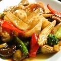 料理メニュー写真八宝菜/揚げ豆腐のピリ辛炒め