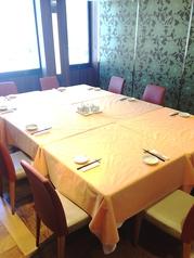 9名様~14名様用個室。慶事、法事、歓送迎会、忘年会と幅広くご利用いただけます。