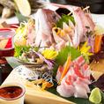 こだわりの九州料理、創作和食が味わえる宴会コースは、飲み放題付3,000円(税込)からお値段別に多数ご用意しております。博多で修業を積んだ料理長が腕を揮う自慢の創作和食、熊本名物、見るも美しいお料理の数々で宴の席を華やかに彩ります。
