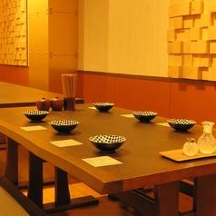 テーブル席【8名~26名様】中規模宴会も大歓迎!テーブルが分かれることなく一体感のあるテーブル席