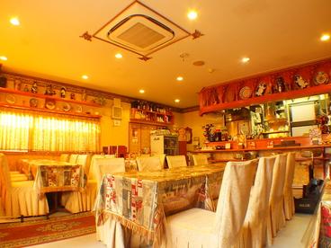 シルクロード・タリムウイグルレストラン SilkRoad Tarim Uyghur Restaurantの雰囲気1