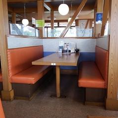 6名様のテーブル席です。※同タイプが3テーブルございます。