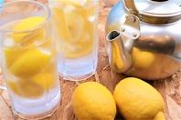 「冷凍レモン」で作るレモンサワーが最高にうまい!