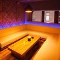 ゆったりソファーの個室席♪仲間との時間を共有できる特等席です。普段の飲みの席に是非ご利用ください♪(八王子/居酒屋/ダイニングバー/バー/飲み放題/新年会/女子会/夜景)