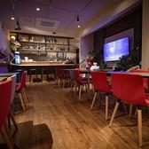Cafe&Bar Cross Road クロスロードの雰囲気2
