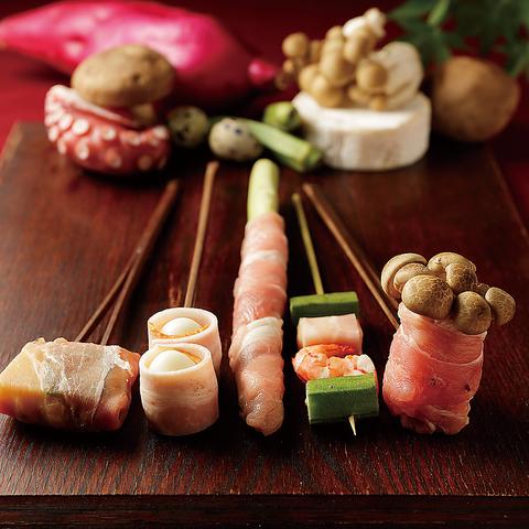 お食事は[花串庵]と[雅じゃぽ]コラボ居酒屋で!伝統と革新が織りなす別格の味わいを!!