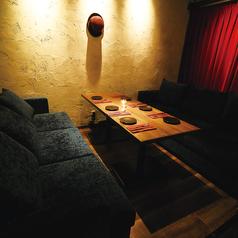 重厚感がある ふかふかソファ席♪男女ともに人気のソファ席です♪