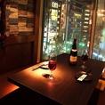雰囲気抜群!!新宿の夜景を眺める個室席は女子会はもちろん合コンでも人気のお席です◎お洒落な空間で絶品肉バルメニューをご堪能下さいませ♪