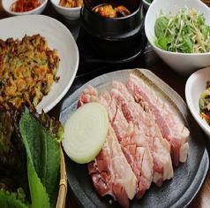 韓国料理 豚家の写真