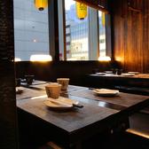 12名様までのテーブルタイプの個室となります。人数は最大12名様までご相談頂けます!中型宴会や、会社などのご宴会にも最適です。その他にも円卓のお席もございます。