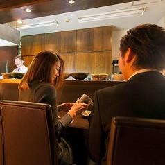 カウンターはデートでも◎美味しいお酒とお料理と共に大人のデートを。。。