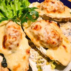 料理メニュー写真ALL¥500均一★まるごとカキフライのクリーミーグラタン