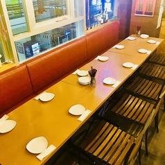 10名前後のテーブル席もご用意。テーブル席ですのでご利用人数に合わせてテーブルを動かせます!