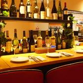 柔らかな照明に包まれた大人デートにもぴったりなお席もご用意しております!大切な方とゆったりワインを語る素敵な夜に・・・♪