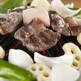 《ラム肉のここがすごい!》においが少ない!マトンに比べ、肉質がやわらかくクセがないので、羊肉特有のにおいも強くありません。