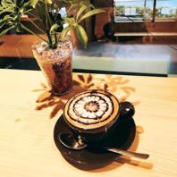 おいしいコーヒーを飲みながら過ごす時間を大切にしたい