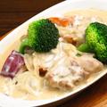 料理メニュー写真若鶏のクリームシチュー