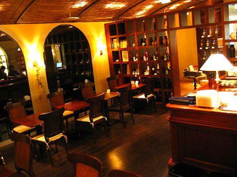 世界最古の薬局「サンタ・マリア・ノヴェッラ」のティーサロンでハーブの癒しを…
