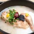 料理メニュー写真参鶏湯(サムゲタン) ハーフ