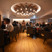 ☆テーブル席は自由自在のため2名様から最大60名様までご利用可能です!大人数でワイワイするもよし!少人数でゆったりお食事やデート、記念日などの特別な日でもご利用いただける空間をご用意致しております♪