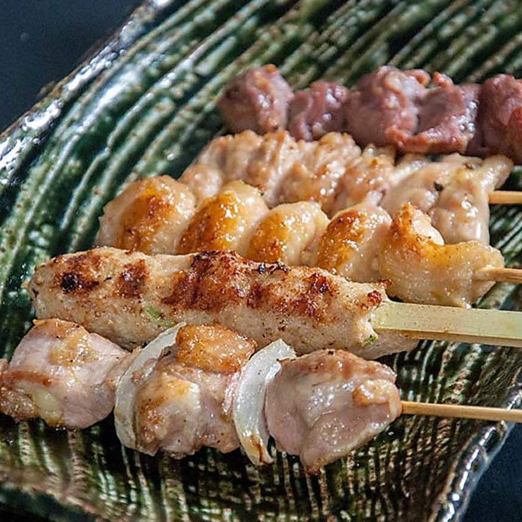 【鶏串】自社ブランド『北魅鶏』を使用!凝縮された旨みと豊かな風味が絶品です。