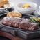料理メニュー写真88赤身ステーキ 400g