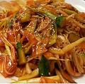 料理メニュー写真ビビンネンミョン(辛い冷麺)