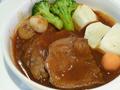 料理メニュー写真牛タンのビーフシチューとカニクリームコロッケ(サラダ付)