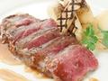 料理メニュー写真黒毛和牛のステーキ~オニオンソース~