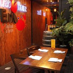 屋外のビアガーデンならぬ「ビアテラス」席は、2名様~6名様までご案内ができます。喫煙可能なお席で、1組限定のオープンテラス席です。女子会や飲み会など各種ご宴会でぜひご利用ください。中目黒の夜空を眺めながらワインに合うイタリアンでお楽しみください。【要予約】