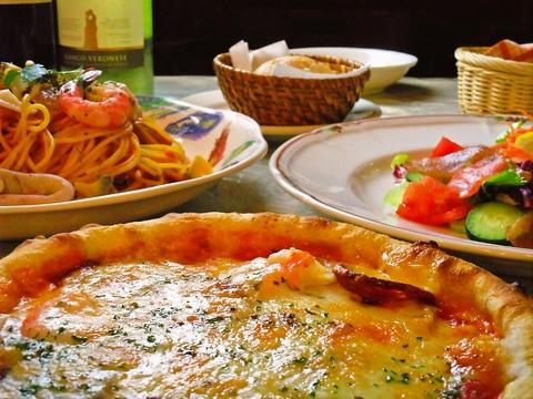緑に囲まれて、優しい気持ちになれる本格イタリアンレストラン。