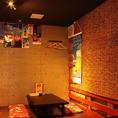 禁煙ゾーンとして、小上がりのお座敷半個室スペースもご用意しております