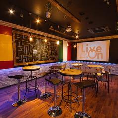 Live On public cafe&bar リブオンの雰囲気1