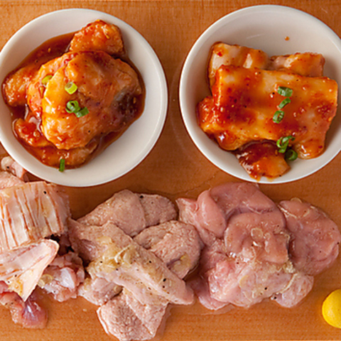 「3000円でお腹いっぱいに、新鮮なホルモンと焼肉を食べることができる」がコンセプト