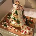 オシャレで可愛いウエディングケーキ☆二次会のプランには必ずついているのでお得☆