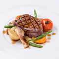 料理メニュー写真和牛フィレ肉のグリエ ジュドブッフ