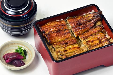 関西では珍しい東京風鰻料理の店。自慢のタレで鰻を堪能!!