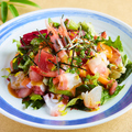 料理メニュー写真海藻海鮮サラダ わさびドレッシングで