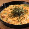 料理メニュー写真明太子とチーズの鉄板オムレツ