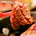 料理メニュー写真《石焼き》超厚切り牛タンの塩焼き