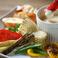 クワトロフォルマージのオーブン焼き~有機野菜とバケットでチーズフォンデュ風に~