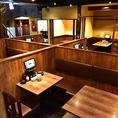 テーブル席は90席ございます。店内は広々とした空間になってますので、大人数でも対応可ですので、お気軽にご相談下さい。