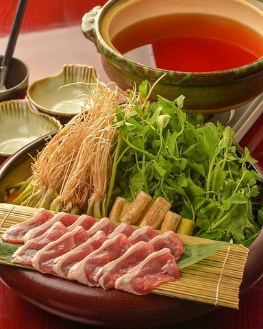 名物仙台せり鍋・せりを使用した料理が豊富。地酒も東北の銘酒を取り揃えております