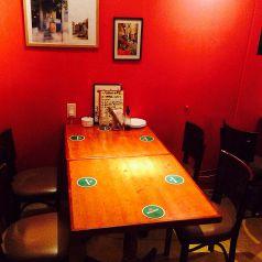 4人用テーブル