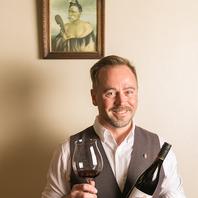 【英語が学べる】豊富なワイン・お料理と共に英会話◎