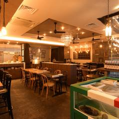 カジュアルイタリアン 酒場 302 サンマルニの雰囲気1