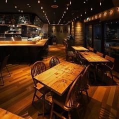 バルザル Bar Salu 西宮北口店の雰囲気1