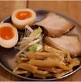 料理メニュー写真3点つまみ盛(肉・メンマ・味玉)