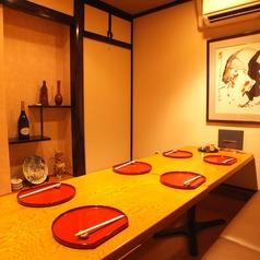 3名~8名様までご利用できる1室限定の人気個室は接待や各種宴会におすすめです。